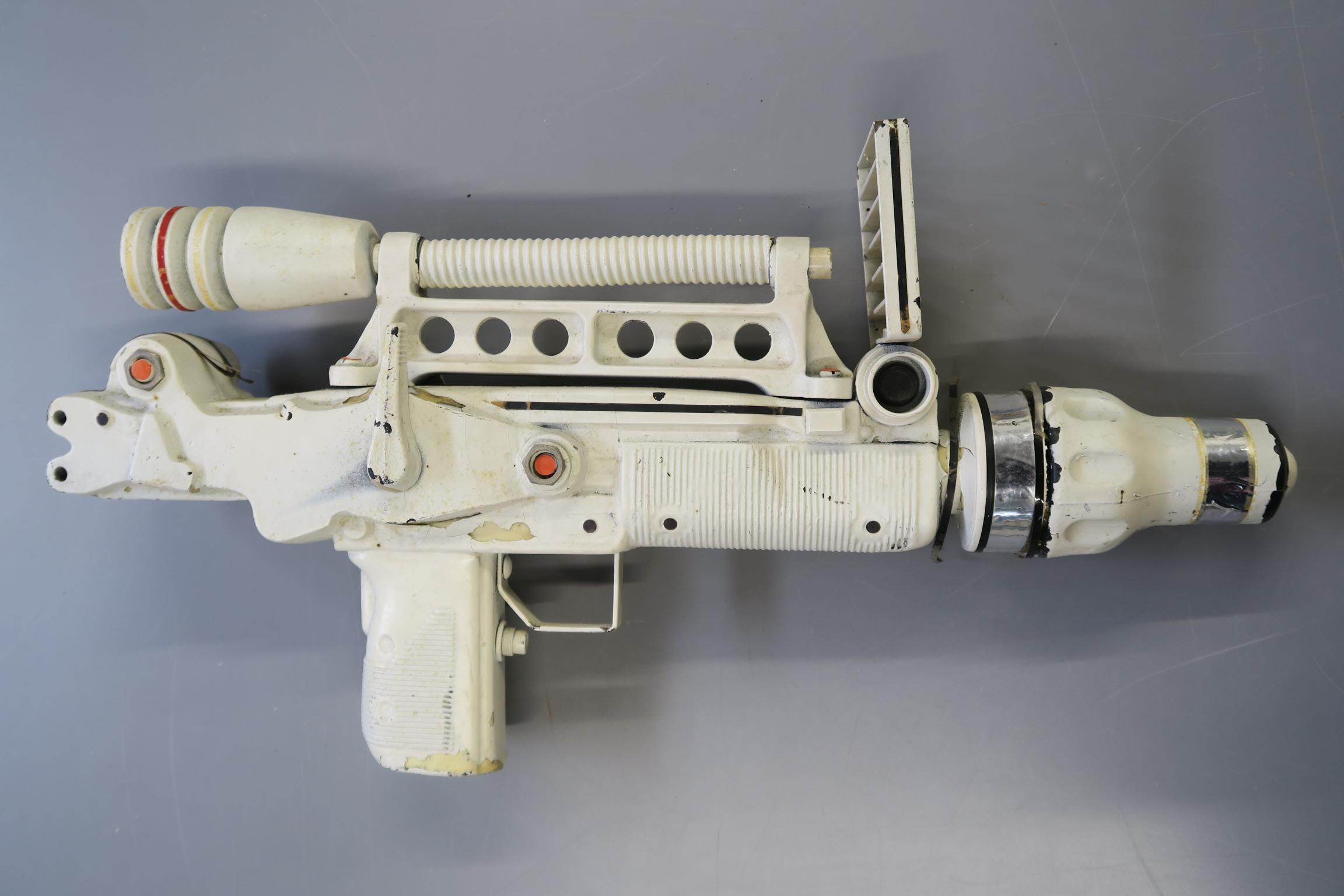 JAMES BOND 007 : Moonraker laser rifle created especially for this futuristic James Bond 1979 film.