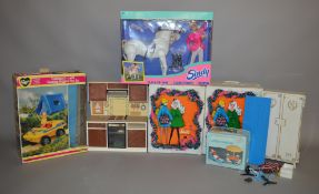 EX-SHOP STOCK: Quantity of Fashion Doll accessories including a boxed Pedigree Sindy Camping Buggy