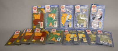EX-SHOP STOCK: Fifteen Pedigree Sindy doll Boutique outfit clothing accessory sets (15).