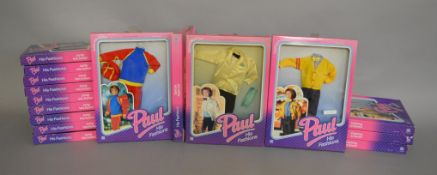 EX-SHOP STOCK: Sixteen Hasbro Sindy Paul doll Outfit clothing accessory sets, all boxed (16).