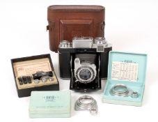 Zeiss Ikon Super Ikonta 533/16 6x6 Coupled Rangefinder Camera. With CZJ Tessar 8cm f2.8 lens.