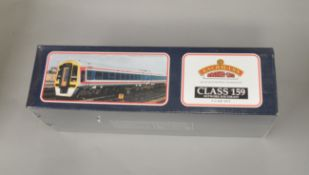 OO Gauge. A boxed Bachmann 31-510  159 3 Car DMU set  'Network Sout East', VG.