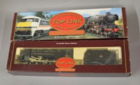 OO Gauge. 2 boxed Hornby Top Link Locomotives, R2016 BR Class 9F and R864 BR 2-10-0 Class 9F.