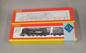 OO Gauge. 2 boxed Hornby Locomotives, R2187 BR 2-10-0 Class 9F '92220 Evening Star' Anniversary