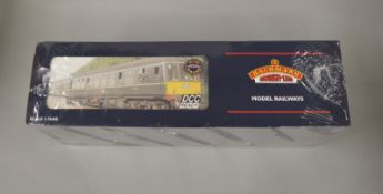 OO Gauge. A boxed Bachmann 32-911 Class 108 3 car DMU BR green with yellow warning panels, still