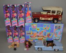 7 Sindy items which includes; 4x4 and dolls which are all boxed, also included in this lot is 2