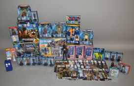 45 Doctor Who items, many in original packaging, including; Play set, figures, magazines etc (45)