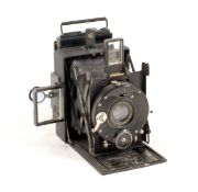 Rare Adams & Co Vesta with Ross Zeiss Tessar 75mm f4.5. (condition 4F). Neat monogram (M R?) to