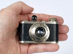 Rare Miyagawa Boltax III Sub-Miniature Camera. Picnor Anastigmat f4.5 40mm (condition 5F). Picture