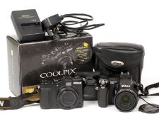 Nikon Coolpix P7000 Compact Digital Camera in Makers Box. (tested & working condition 4/5E) with