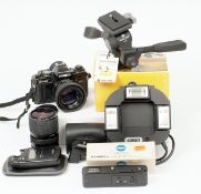 Minolta X-700 35mm Film Camera Outfit. To include black X-700 body with Rokkor 50mm f1.7 lens (