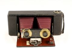 Blair Weno Roll Film Stereo Camera. (condition 5F). (From the Bob White Collection). (Cabinet L)