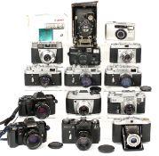 Group of Around 15 Cameras, inc Minolta 7000 with 50mm AF Lens. Also 3x Zorki, a Kiev II, Zenit-E