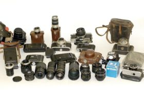 End-Lot of Vintage Cameras, to Include a Voigtlander Bessamatic Outfit. (camera condition 6F, lenses