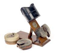 Early Edwardian Kinora No1 Mutoscope Type Viewer & Films. An early moving picture viewer for hand-