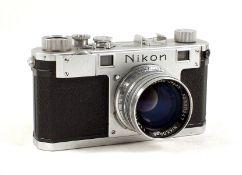 Nikon S Rangefinder Camera with Nikkor S C 5cm f1.4 Lens. Camera #6105266 (slight wear to chrome &