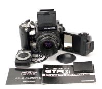 A Bronica ETRSi Medium Format Outfit. Comprising complete body, with WLF and AE-II Finder E,