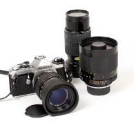 Pentax ME Film Camera Outfit. Comprising chrome Pentax ME (condition 5F) with 40-80mm f2.8 zoom (