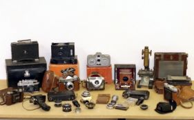 Collection of Vintage & Other Cameras. To include Wizard No2 (lens detached), Zorki 4, Zeiss Movie