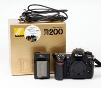 Nikon D200 Digital SLR in Makers Box. (tested & working, condition 4E) with battery, charger and a