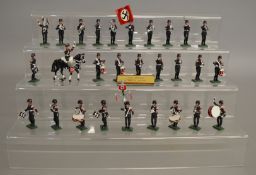 28 unboxed painted S.S. Band circa 1939 white metal soldier figures with accompanying nameplate. (