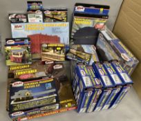 Ex-Shop Stock 18 Accessory sets by Atlas for N and HO gauge which includes; Turntables, Viaducts,