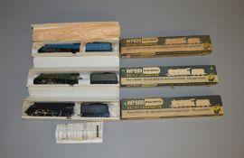 OO Gauge. 3 boxed Wrenn Locomotives, W2211 4-6-2 'Mallard' BR, W2212 4-6-2 Gresley LNER and W2213