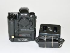 Kodak Professional DCS620 Early DSLR. Based on a Nikon F5. With original charger, battery and PCMCIA