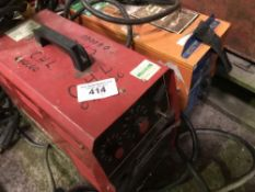 2 X WELDERS AND LEADS AS SHOWN DIRECT FROM TRAINING SCHOOL LIQUIDATION