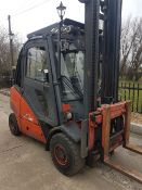 LINDE H35D DIESEL FORKLIFT TRUCK 3.5TONNE RATED, YEAR 2003, FULL CAB FITTED, HYDRAULIC POSITIONER