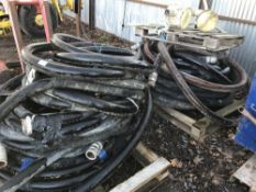 Qty of screed pump hoses