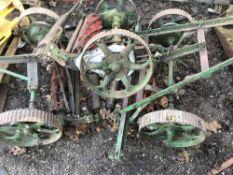 Set of towed gang mowers, wheel driven