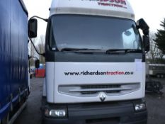 RENAULT 4x2 TRACTOR UNIT WITH SLEEPER CAB AND FITTED WITH PALFINGER PK12000 CRANE, YEAR 2003, REG: