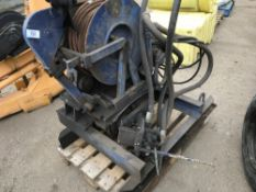 HYDRAULIC DRIVEN MARINE WINCH UNIT Sold Under The Auctioneers Margin Scheme, NO VAT Charged on the