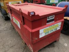 WESTERN 2000 LITRE BUNDED COFFIN DIESEL STORE WITH PUMP AND HOSE YEAR 2005
