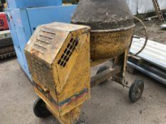 Winget 100T diesel site mixer runs and mixes