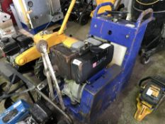DIAMONT BOART DIESEL ENGINED FLOOR SAW C/W BLADE, HATZ ENGINED Sold Under The Auctioneers Margin