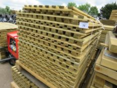 2 X PALLETS OF HIT AND MISS LIGHT WEIGHT FENCE PANLES 6FT HEIGHT, VARIOUS WIDTHS