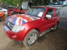 Mitsubishi Shogun 4Work SWB commercial, red, reg. AM09 BNX, with V5 and test to 18.6.2019 AUTOMATIC,