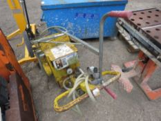 Suction kerb lifter unit