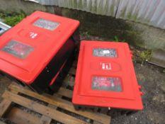 3 X FIRE EXTINGUISHER BOXES PLUS EXTINGUISHERS, UNTESTED