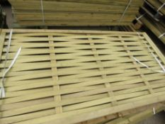 4 X WOVEN FENCE SLATTED PANELS, 1.8 X 0.9M APPROX