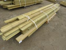 PALLET OF TIMBER POSTS AND USEFUL TIMBER 10-12FT LENGTH APPROX
