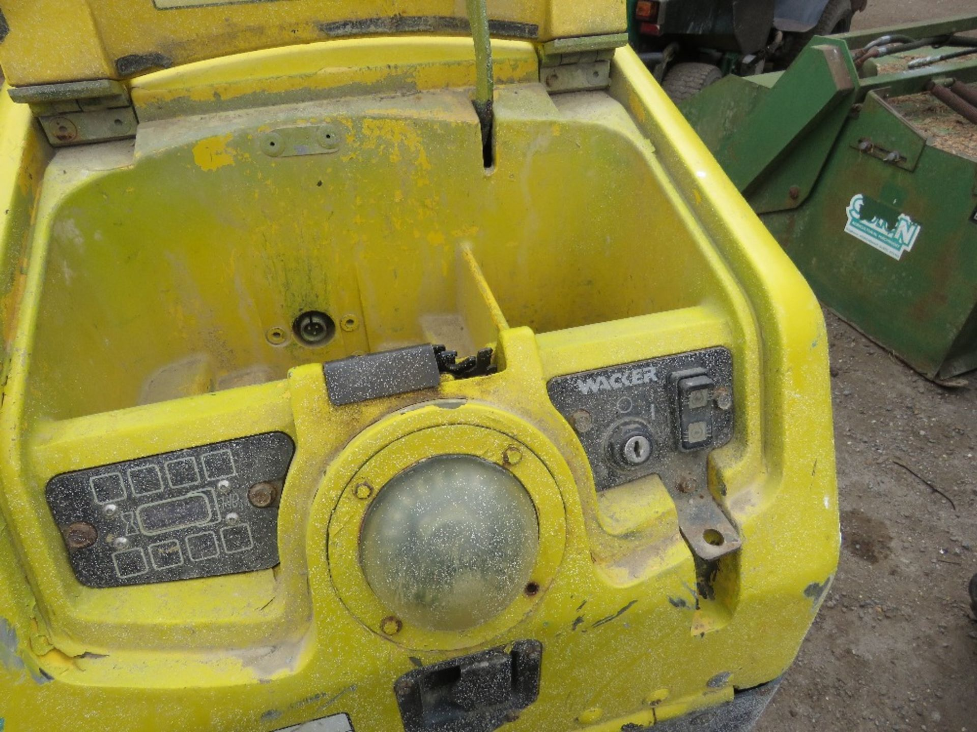 Lot 52 - WACKER NEUSON RTSC3 DOUBLE DRUM TRENCH ROLLER YEAR 2007 PN: 5864FC WHEN TESTED WAS SEEN TO DRIVE AND