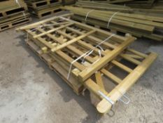 4X ASSORTED WOODEN FIELD AND ENTRANCE GATES, 0.9M TO 3M LENGTH