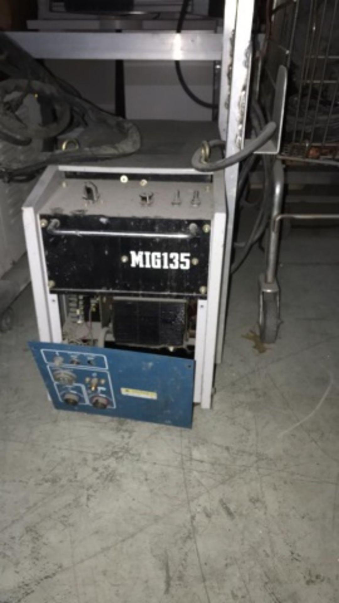 Daihen OTC Mig135 model CPSS-135 DC Power Source