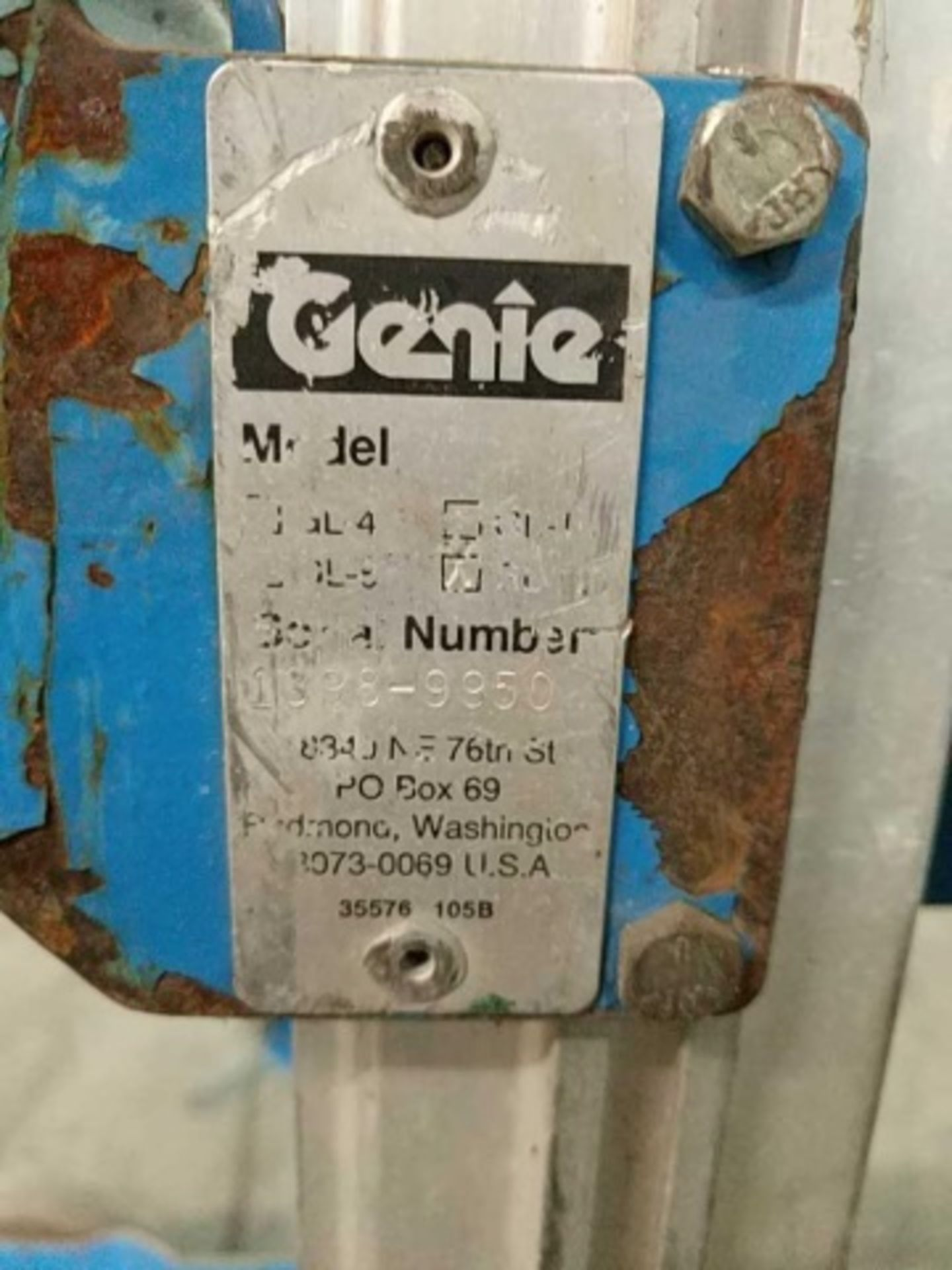 Genie Gl-12 Manual Material Lifts - Image 3 of 3