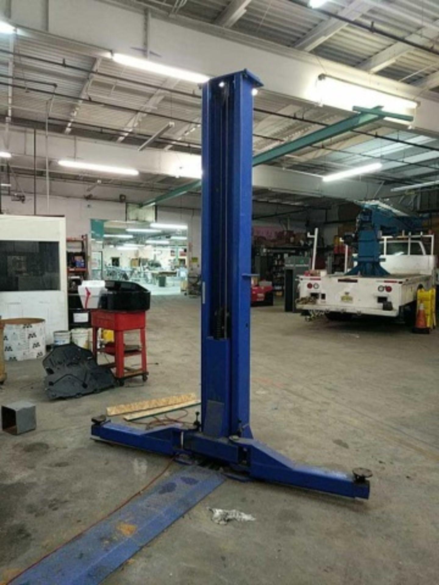 Eagle TP12K-F Automotive Lift - Image 2 of 7