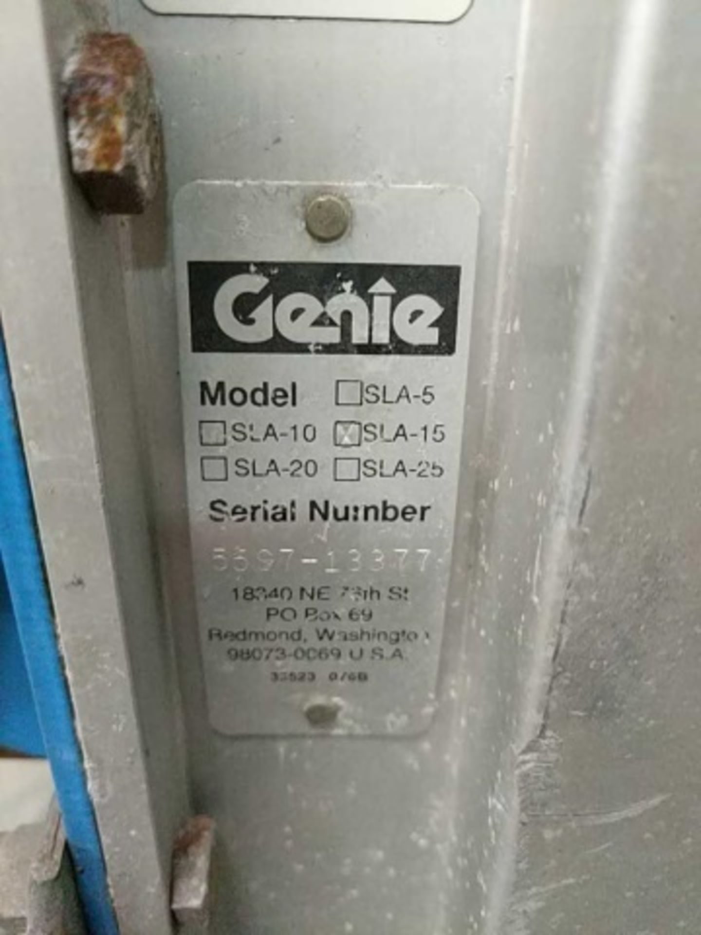 Genie Superlift Advantage Manual Material Lift - Image 4 of 5