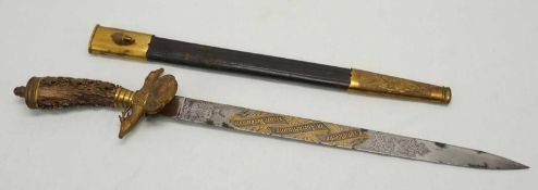 Ehrenhirschfänger der Giebichensteiner Schützengildegeätzte Keilklinge mit Goldtauschierung von
